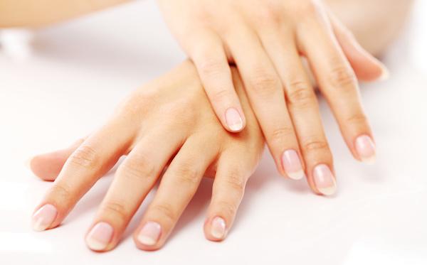 unghie manicure